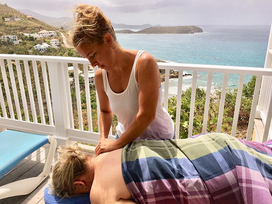 Paradise Massage VI